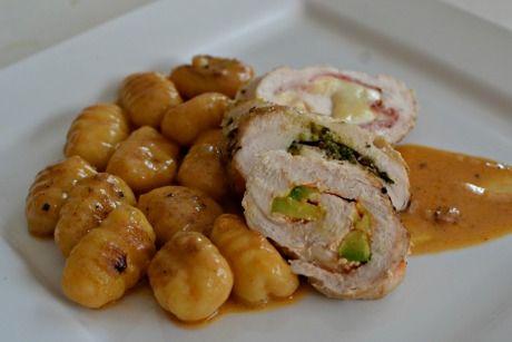 kuřecí roláda s bramborový noky