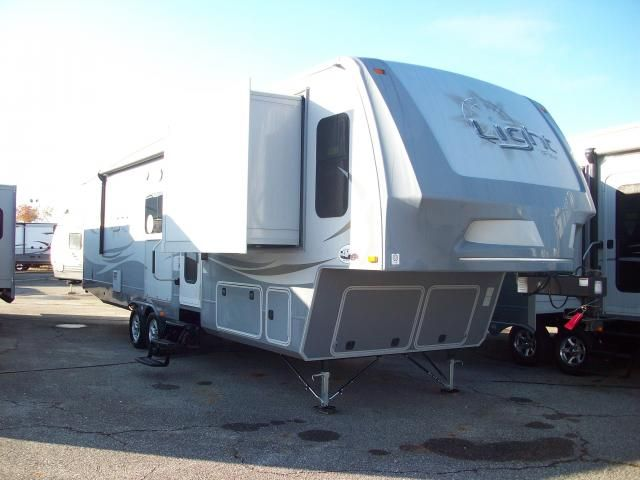 17 best images about open range fifth wheels on pinterest - Front living room fifth wheel for sale ...