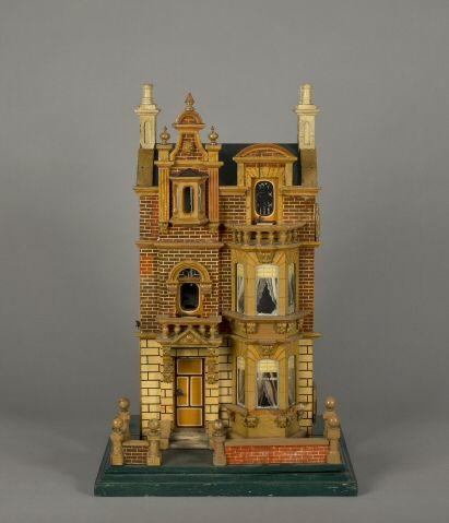 German 1900 dollhouse