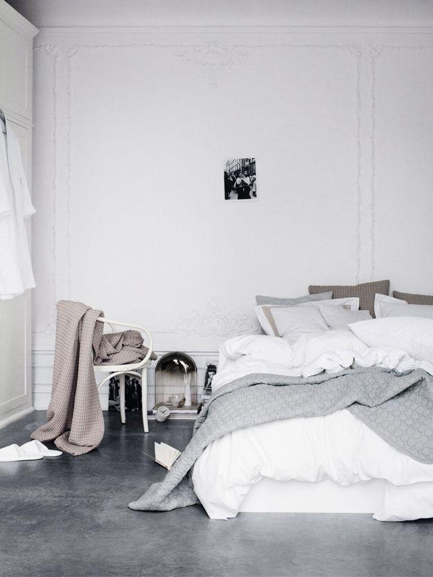 Afbeeldingsresultaat voor bedroom with concrete floor