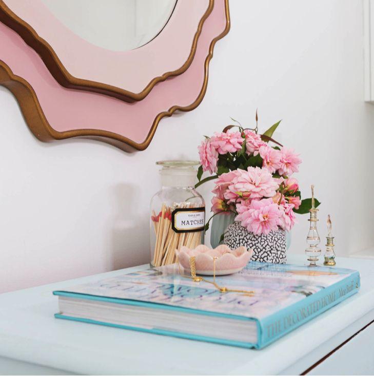 A Peaceful Hamptons-Style Bedroom via Houzz