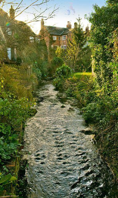 England Travel Inspiration - Alresford, Hampshire, England