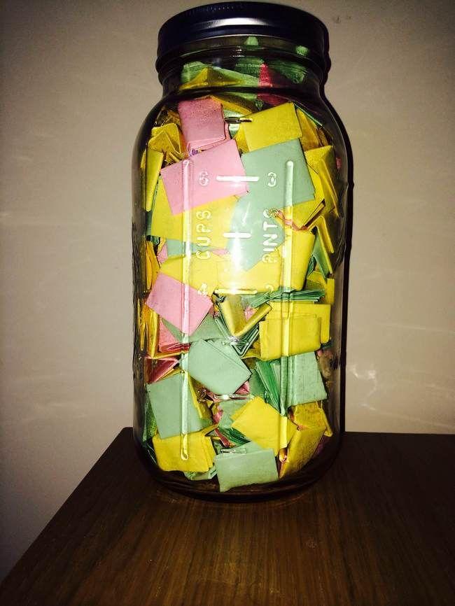 Unique Jar Ideas On Pinterest Bff Birthday Gifts Tipos - Boyfriend puts 365 love notes jar girlfriend read year