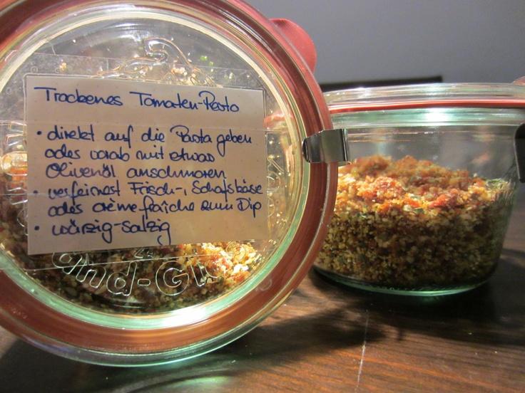 Trockenes Tomatenpesto