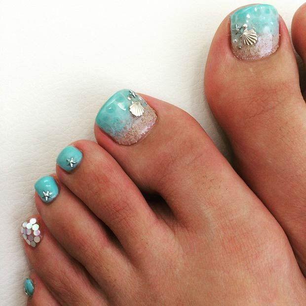 Mermaid nails! Lovely Beach Toe Nail Design