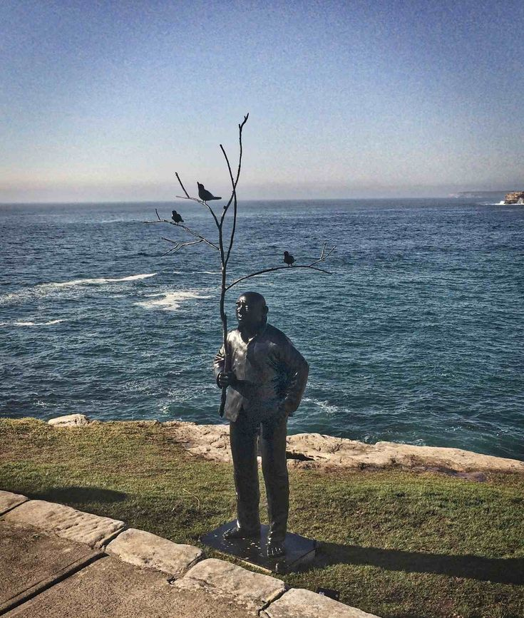 Men Playing with Birds by Wang Shugang – Sculpture by the Sea, Bondi