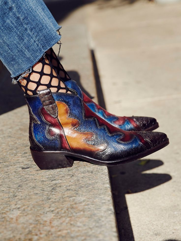 Painted Bird Western Boot | Featuring perforated leather, these Italian made western-inspired boots have a contrast leather design. Pointed toe and stacked heel complete the look. Inside zip closure for an easy on/off.