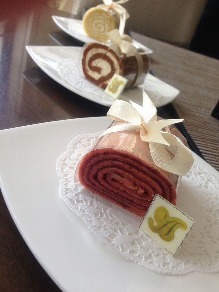 SOFT ROLL : Come and try our Soft rolls with 4 different taste.