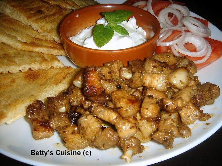 Betty's Cuisine: Χοιρινός γύρος... από τα χεράκια μας!