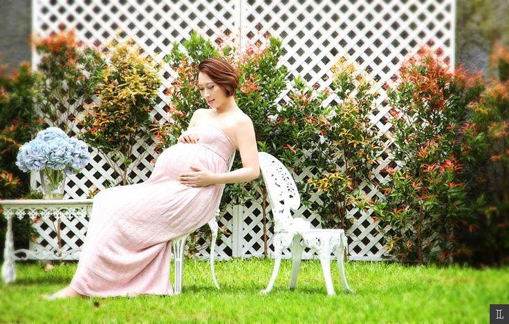 #maternity #photography #portrait #pictures #theleonardi #eliskaratna #studio #indoor
