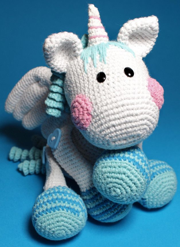 Häkelanleitung für Fluffy das Einhorn / diy knitting instruction for unicorn by Kiezmasche via DaWanda.com