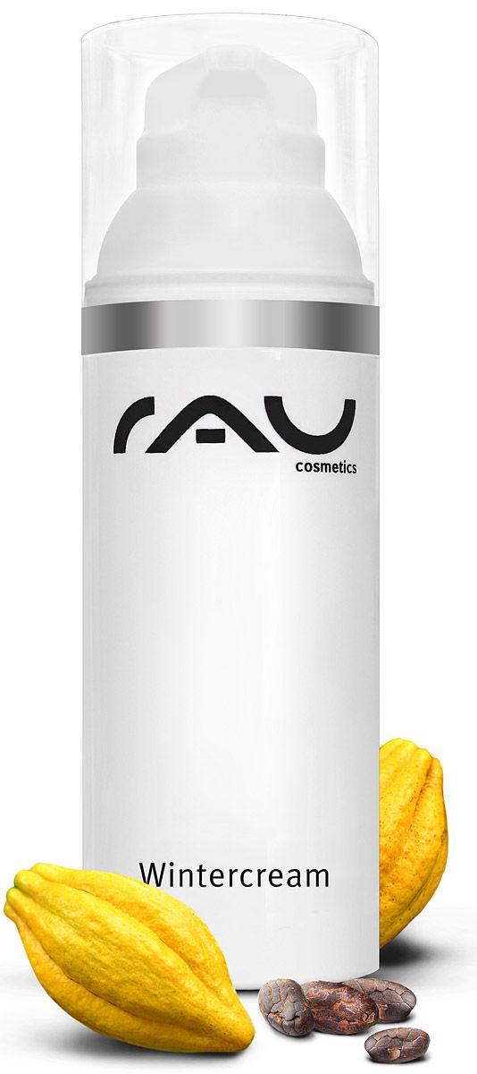 RAU Cosmetics Wintercream is een rijke beschermende wintercrème met een hoog gehalte shea butter, cacaoboter en rijstkiemolie. De crème beschermt en verzorgt de huid bij koud weer en wind en droge verwarmingslucht. Het gebruikte zwitserse ingrediënt TRIMOIST zorgt ervoor de vetlaag van de huid te herstellen, zodat de natuurlijke vochtbalans ondersteund wordt. Allantoïne + panthenol kalmeren de huid…
