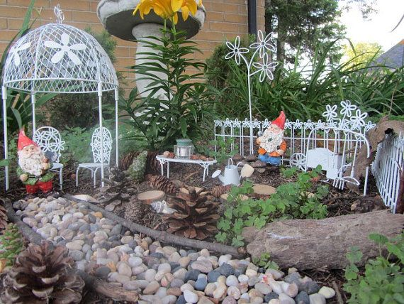 Gnome In Garden: Gnome Garden, Miniature Fairies And Gnomes On Pinterest