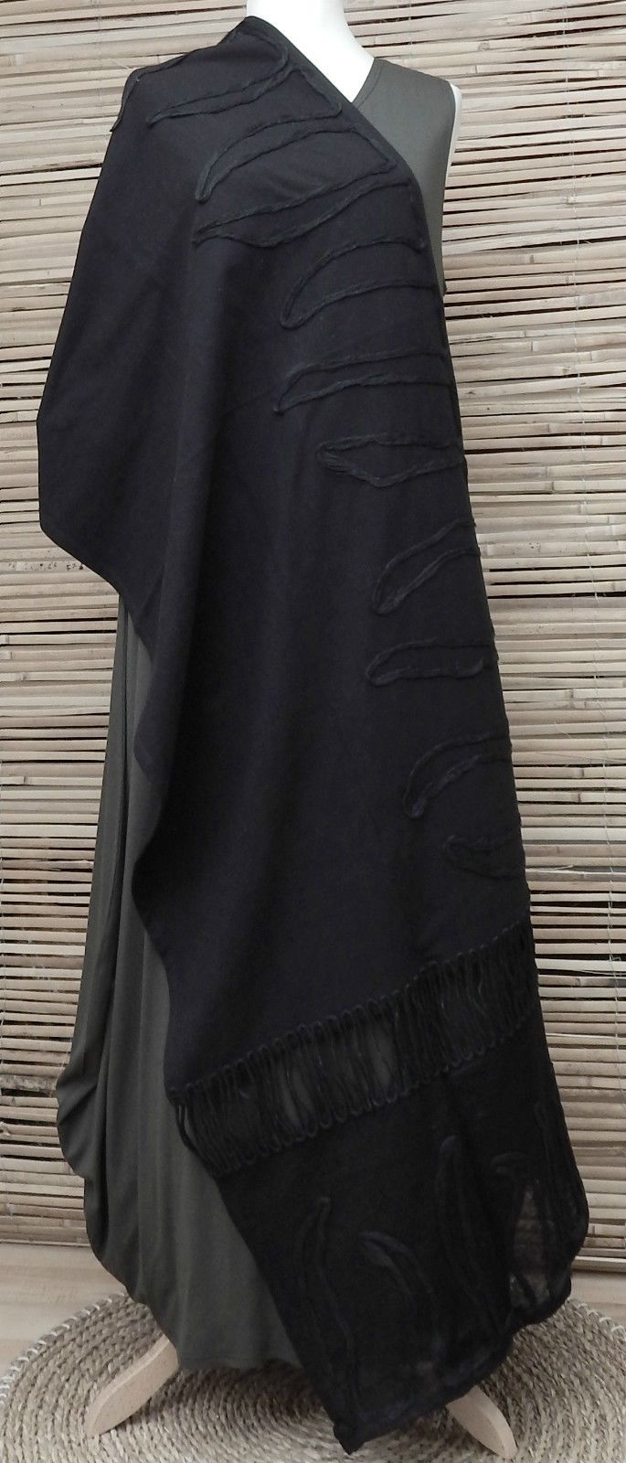 *ZUZA BART*DESIGN EXCLUSIVE BEAUTIFUL APPLIQUE COTTON SCARF/WRAP/SHAWL*BLACK* | eBay