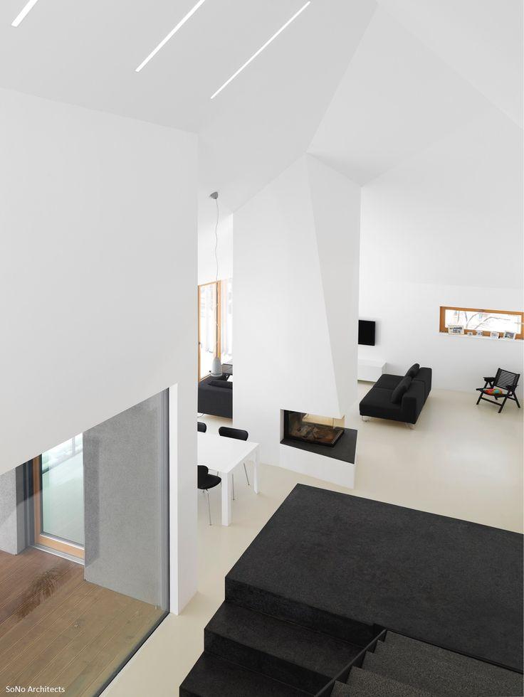Interno di una villa #Biohaus caratterizzata da giochi di contrasti.  #bioedilizia #architettura #design #interiordesign
