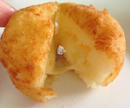 Receta de Albóndigas de patata rellenas de queso