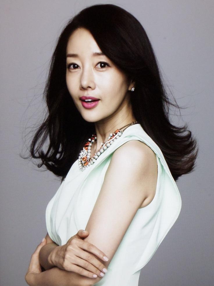 korea magerzin woman sense 2013 5
