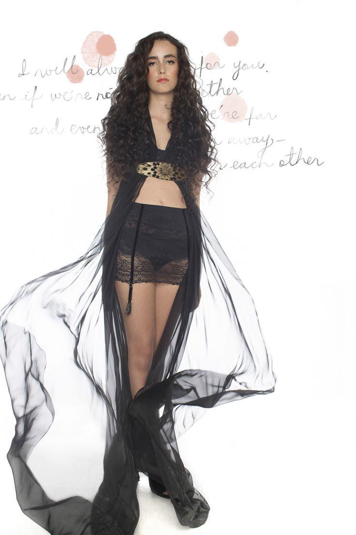 Editorial de ropa interior exclusiva de El Ajuar: Para la luna de miel