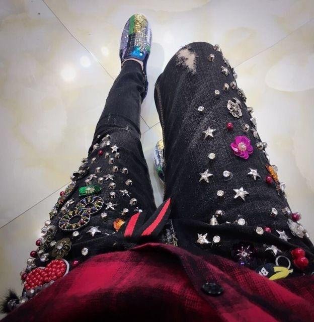 潮のブランドオリジナルデザイン2016新しい冬レトロ金属ネイルビーズ装飾品リベットジーンズ女性の鉛筆のジーンズ