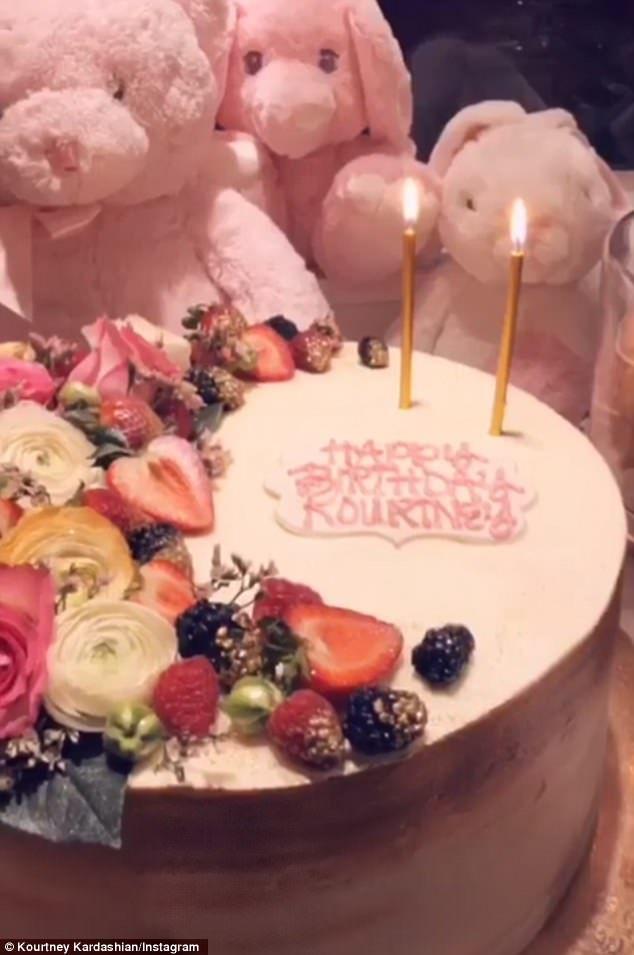 Terrific Khloe Kardashian Tells Kourtney I Cant Imagine Life Without You Funny Birthday Cards Online Fluifree Goldxyz
