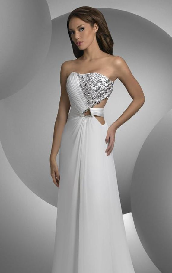 Elegant Long White Strapless Evening Gown