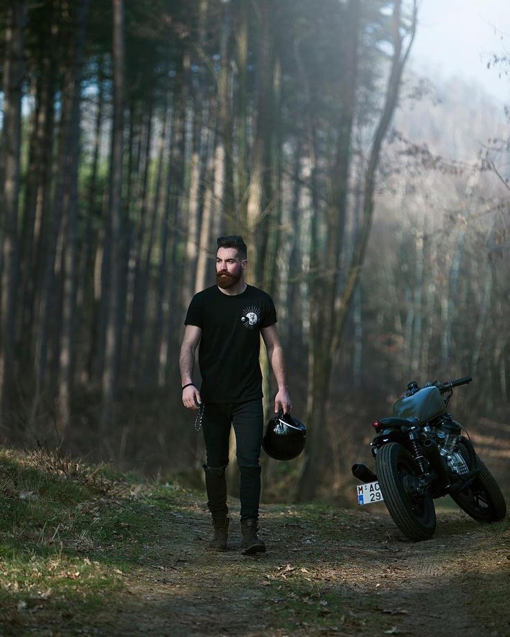 #motorcycleculture #culturamotera | caferacerpasion.com                                                                                                                                                                                 More