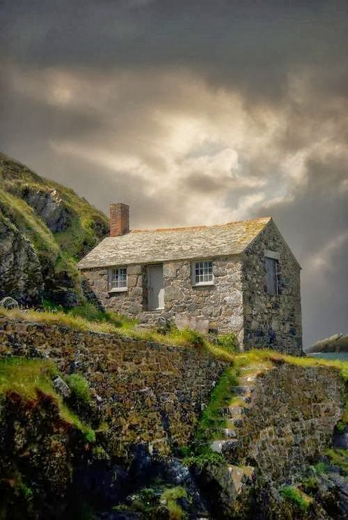 Mullion Cove, on the Lizard Peninsular, Cornwall, England.
