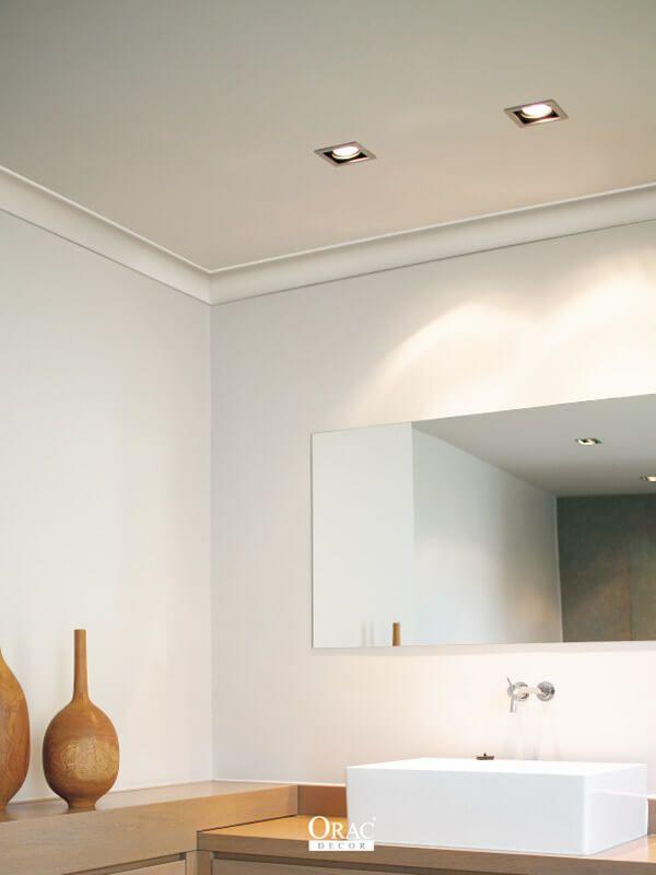 Orac Decor Stuckleisten Zwischen Wand Und Decke Setzen Die Wande Im Bad Modern In Szene Stuckleisten Einrichtungsstil Decke