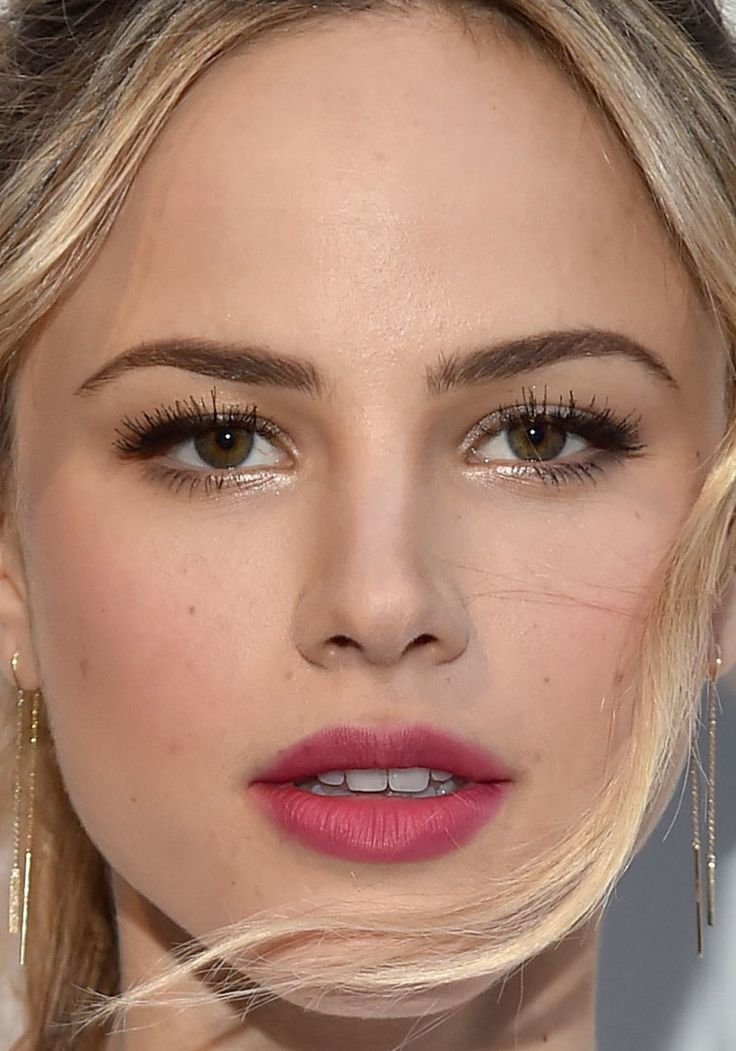 Close-up of Halston Sage at City Year Los Angeles' 2017 Spring Break.