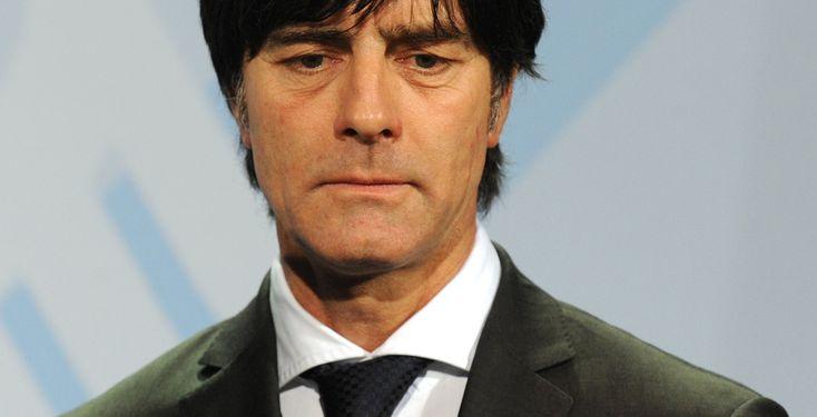 Spanien stoppt Deutschland - Halbfinale - Für Jogi Löw und sein Team hat es bei der Fußball-Weltmeisterschaft in Südafrika nicht gereicht. Die DFB-Auswahl unterlag einem starken Team aus Spanien mit 0:1.