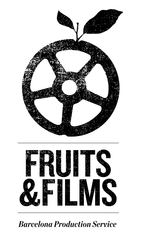 This logo combines two different ideas because of its title. Film and fruit and put together in one picture for one concept idea.