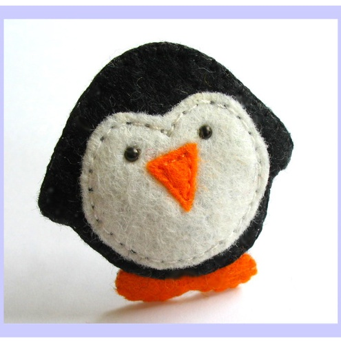 penguin: Christmas Feltwork, Pacifiers Clip, Felt Fun, Felt Ornaments, Penguins, Felt Appliques, Pacifier Clips, Fancy Felt, Holidays Christmas