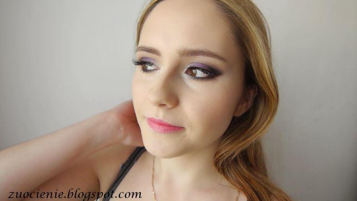 purple smokey pink lips