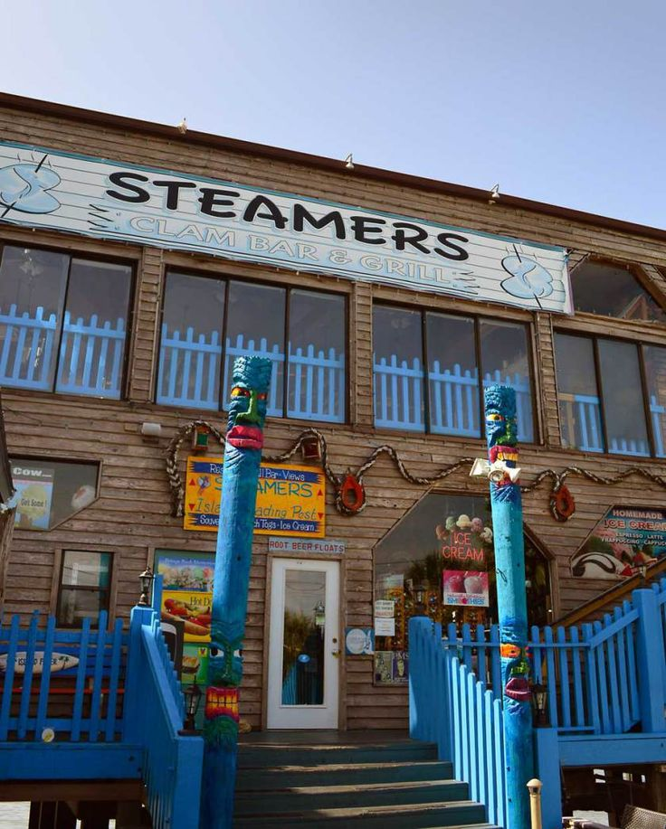 Steamers Clam Bar and Grill, Cedar Key, Florida: A Slice of Key West, Without the Crazies and the Crowds - Beaches Bars and Bungalows