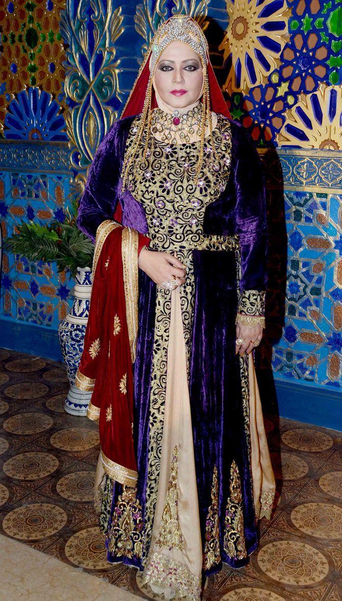 Seema Kapoor on location shoot of TV serial 'Razia Sultan'. #Bollywood #Fashion #Style #Beauty