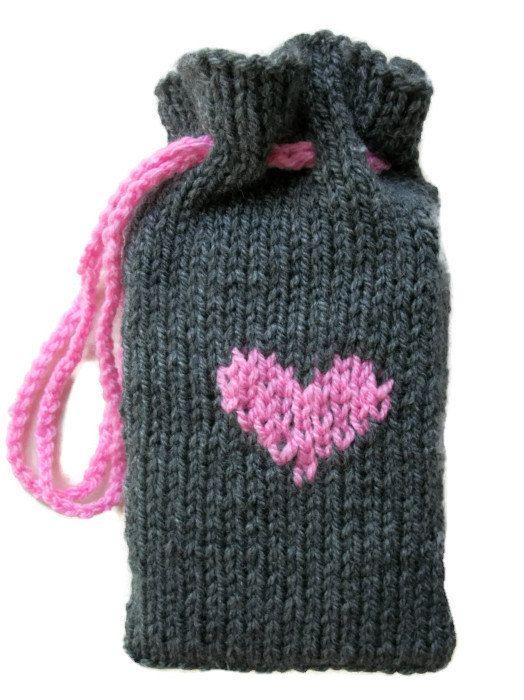 Tarot pouch Grey pink heart Knitted bag by thekittensmittensuk, £11.00