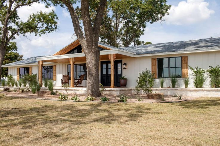 Joanna 39 s design tips southwestern style for a run down for Ranch style metal homes