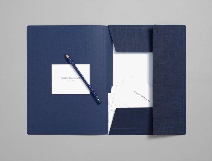 Frederik Bjerregaard Folder http://brunswicker.dk/work/frederik-bjerregaard/corporate-id-8/