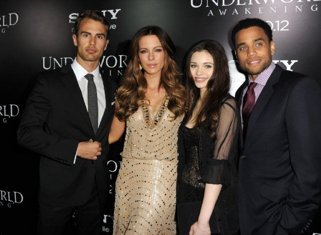 Underworld Awakening cast
