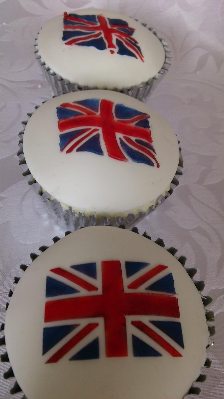 Jubilee cupcakes by Cupcakes à la carte