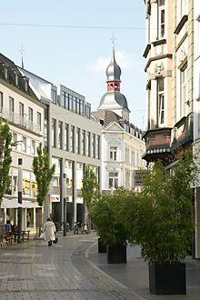 Bonn - Zentrum Viele schöne Läden in der Friedrichstraße http://www.friedrichstrasse-bonn.de/