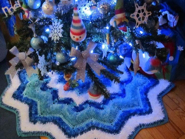 133 Best CHRISTMAS TREE SKIRTS Images On Pinterest Crochet  - Blue Christmas Tree Skirt