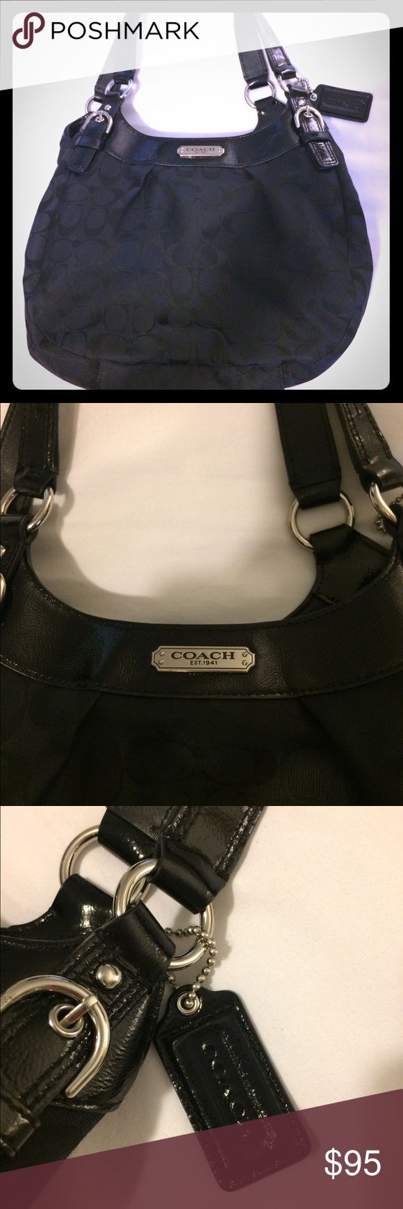 Coach Hobo Bag in Black Jacquard and Leather New item with 3 compartments. No scuff, no wear, no tear, no stains Coach Bags Hobos