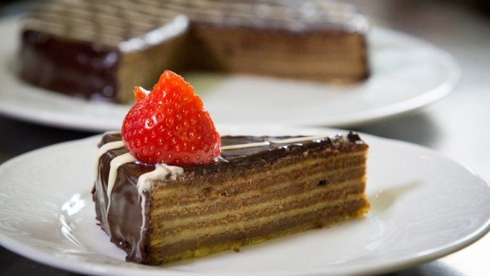 Yummy Layered Cake Recipes: 25+ Best Ideas About Hollywood Cake On Pinterest