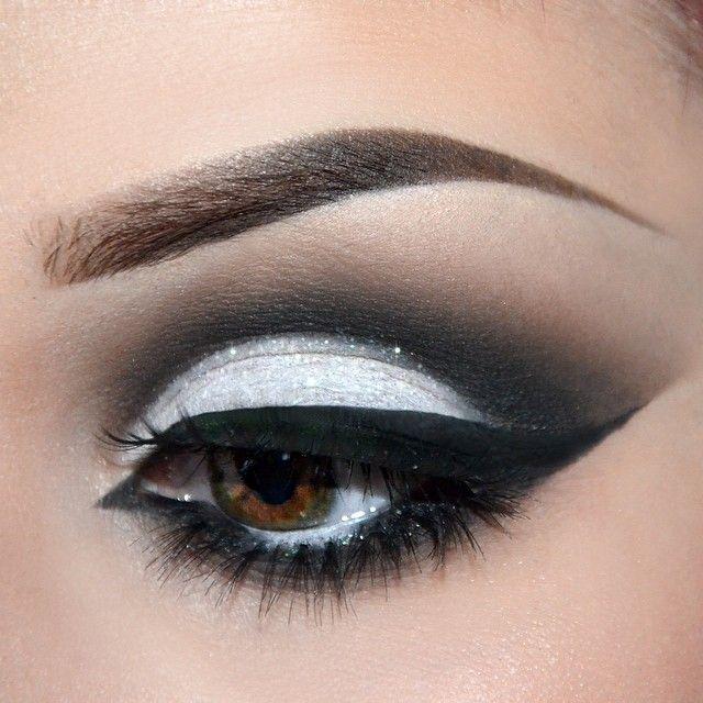 Instagram media by jenmiamakeup #cosmetic #makeup #eye