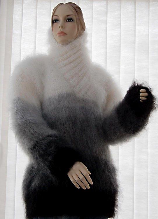 600-047 New Luxurious Unisex Handknit Mohair Sweater