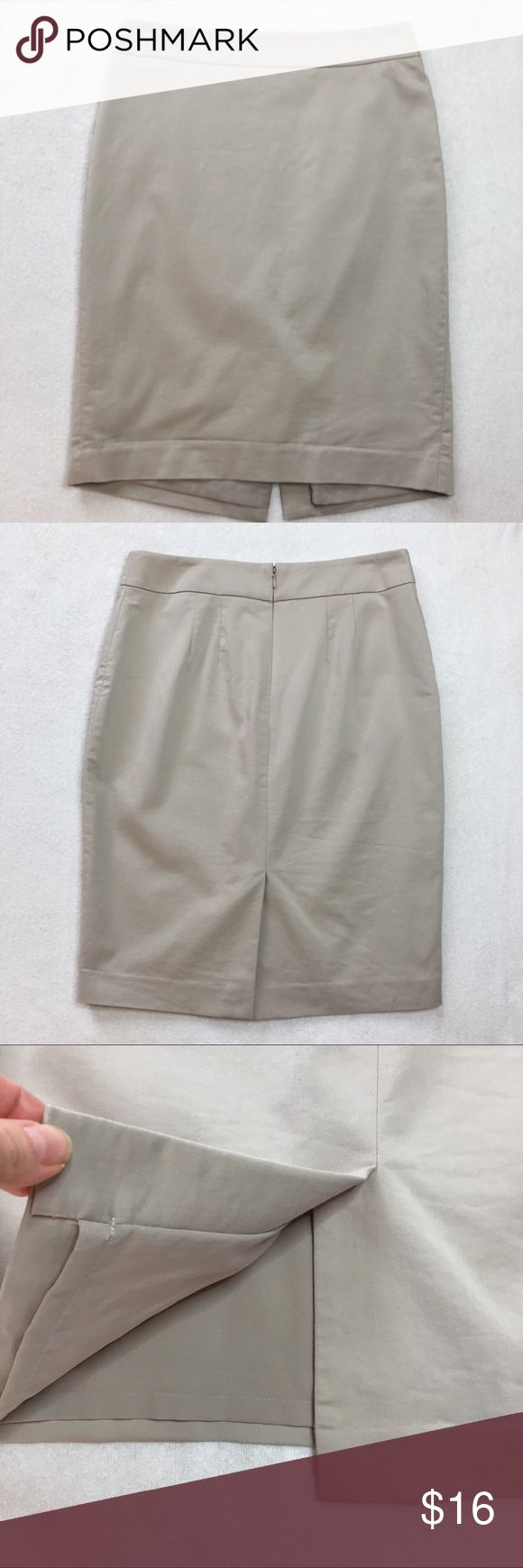 """Ann Taylor Tan Pencil Skirt - Size 4 Fantastic Skirt by Ann Taylor. Size 4. Tan in color. Zip back with hook and eye closure. Fully lined. In excellent condition! Smoke free home.  Approximate Measurements laying flat: Waist (one side): 14-5/8"""" Front Length: 21-3/4"""" Ann Taylor Skirts Pencil"""