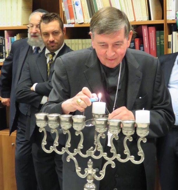 Jewish Hanukkah celebrated at the Vatican  https://novusordowatch.org/2017/12/jewish-hanukkah-celebrated-at-vatican/