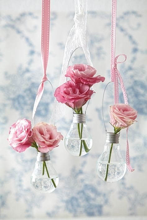 Hanging light bulb vase-Upcycle fused bulbs into decorative vases with wire and ribbon!