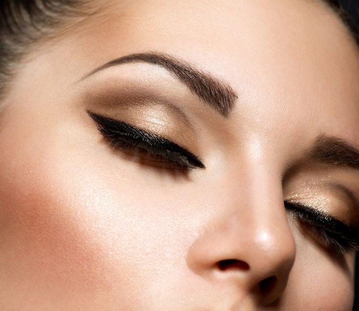 Augenbrauen formen - Ein paar hilfreiche Tipps & Tricks